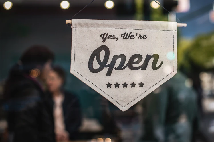 Open-sign-on-small-business